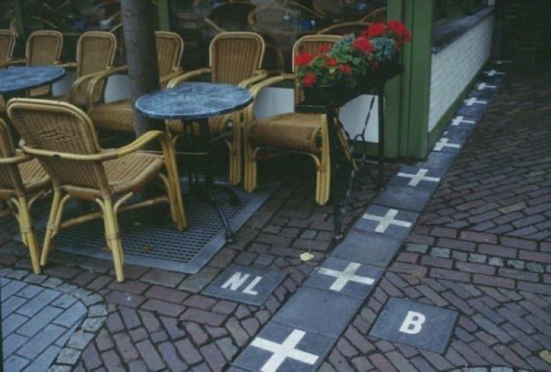 Граница между Бельгией и Нидерландами.jpg
