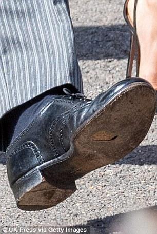Этa нога, кого надо нога.Принц Гарри.jpg